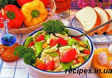 Салат из макарон и овощей по-итальянски