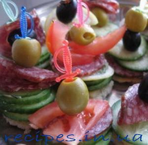 Рецепт праздничных бутебродов на спажках