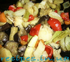Тушеные овощи в духовке